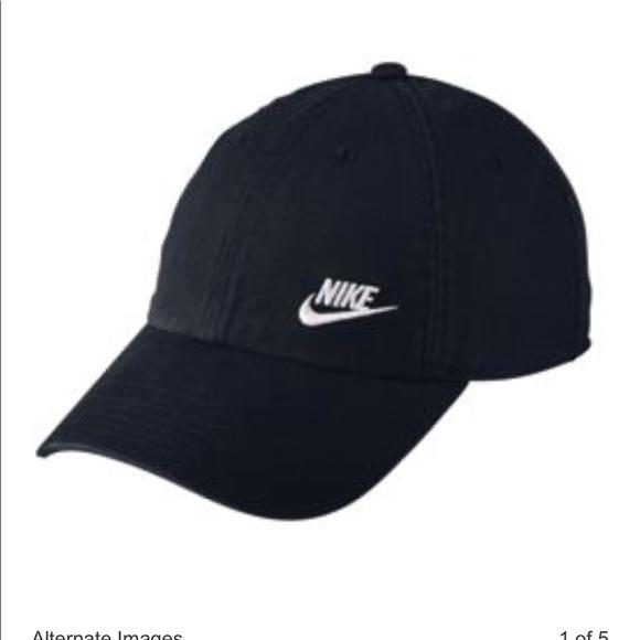 c898e1cc40e Nike Women s Twill Adjustable Hat. M 5aad379985e605b821b99c6a